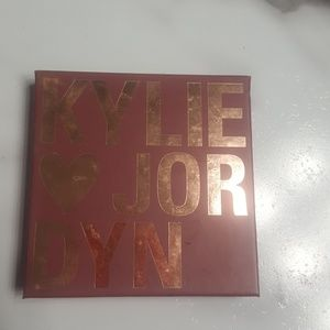 Kylie jordyn highlighter quad